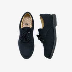 Mono Black Oxford Black Oxfords, Sperrys, Boat Shoes, Loafers, Style, Fashion, Black Tops, Oxford Shoe, Black T Shirt
