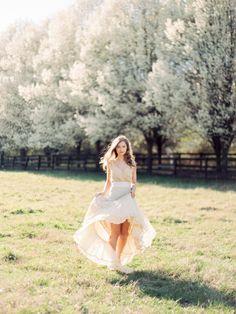 Effortless Spring Bridal Session | Wedding Sparrow | Love by Serena