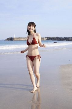 Hot Japanese Girls, Japanese Sexy, Japanese Beauty, Asian Beauty, Mädchen In Bikinis, Bikini Swimwear, Sexy Bikini, Bikini Girls, Swimsuit