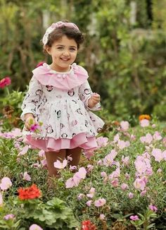Smiling always is the best remedy to happy urself 😊😊 Cute Little Baby Girl, Cute Kids Pics, Cute Baby Girl Pictures, Cute Girl Pic, Cute Toddlers, Cute Girls, Cute Baby Girl Wallpaper, Cute Babies Photography, Children Photography