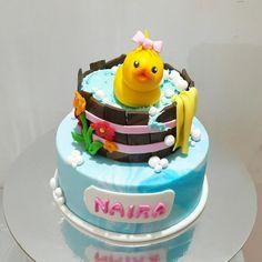 Cuddly Duck - Cake by Urvi Zaveri