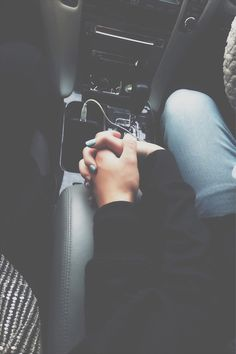 ★ everytime you hold my hands while driving, my heart skips a few beats and I feel more alive.