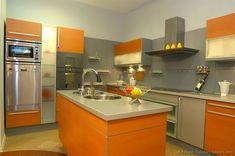 Modern Two-Tone Kitchen Cabinets (Kitchen-Design-Ideas.org)