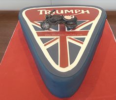 Triumph Motorcycle grooms cake with sugar paste motorcycle by www.WhoMadeTheCake.com #TriumphMotorcycleCake #TriumphCake #MotorcycleGroomsCake