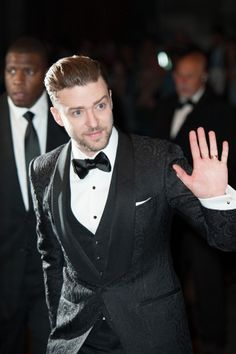 "Justin Timberlake>> I'm not gonna lie at first glance I was like: ""PAYNO?!"" Nope... JT LOL"