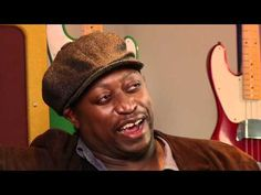 Rolling Stones Bassist Darryl Jones on the P Bass - YouTube