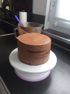Recipes for butter cream and ganache - delicious, addictive pies pies recipes dekorieren rezepte Drip Cakes, Minecraft Food, Foundant, Vegan Junk Food, Butter Recipe, Food Cakes, Cake Recipes, Frosting Recipes, Pastry Recipes