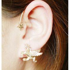 - Earring Type: Stud Earrings - Item Type: Earrings - Fine or Fashion: Fashion - Back Finding: Screw-back - Style: Trendy - Shapepattern: Face̴Ì_