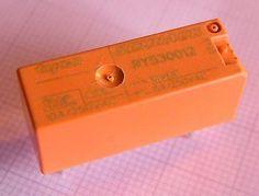 RY530012 12V Leiterplattenrelais 1xNO 250VAC 8A, Schrack