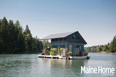 Maine floating cabin is 240 square feet of heaven hand-built by Foy and Louisa Brown near New Haven. The cabin was built onshore and later towed out to sea and consists of foam and pontoons.