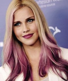 Claire Holt | Her hair, i love it. #TheOriginals ♥ #TVD ♥ #ClaireHolt