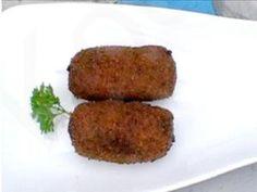 Garnalenkroketten komen oorspronkelijk uit België. Daar wordt de garnalen kroket gezien als een echte delicatesse. De lekkerste kroketten worden gemaakt met Hollandse garnalen. Deze hebben het meeste smaak. Garneer de garnalen kroketten met een takje peterselie.