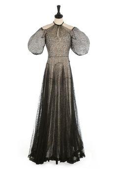 A Madeleine Vionnet couture black lace bias-cut evening gown, august 1936