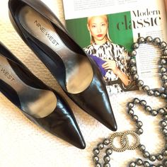 "Nine West Classic Black Pointy-Toe Leather Pumps HOST PICK! Back to Basics & Style Obsessions Parties!!OFFERS WELCOME. PLEASE USE THE OFFER BUTTON. I do not negotiate price in the comments. Who doesn't need a classic black pump? Genuine leather upper, man made balance. Heel height is 3.5"". No platform. Size 6.5M. Fits like 7-7.5. Worn a few times. In very good condition. From Nine West. Comes with box. Few signs of wear on the inside, shown in photos. Won't show when worn. Nine West Shoes…"