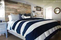 How to Build a Custom King Size Headboard & Bed Frame via thinkingcloset.com.