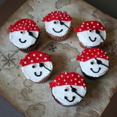 It's a Pirate Party! Kidspot Pirate Cake recipe Cupcakes via Birthday Cake Ideas Pirate Costume Pirat. 3rd Birthday, Birthday Parties, Birthday Ideas, Pirate Cupcake, Pirate Birthday Cupcakes, Pirate Cookies, Cupcakes Flores, Pirate Fairy, Novelty Birthday Cakes