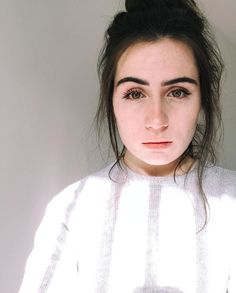 pinterest   kaylaxgrace Beautiful Love, Beautiful People, Freckles And Constellations, Jon Cozart, Dodie Clark, Genuine Smile, Kind Person, Her Music, Celebs