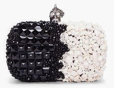 the black and white skull box clutch - Alexander McQueen Black and White Punk Shell Box Clutch Alexander Mcqueen Clutch, Alexander Shoes, Moda Hippie, Clutches For Women, Katie Holmes, Sarah Jessica Parker, Mo S, Mode Style, Beautiful Bags