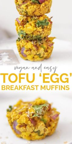 Savoury Oat And Tofu Vegan Egg Muffins Who wants some vegan egg muffins? These ones are a great savoury alternative using tofu chickpea flour and oats. Enjoy them as a make-ahead breakfast on the go or a quick and tasty snack. Source by cupcakescutlery Tofu Breakfast, Healthy Vegan Breakfast, Healthy Vegan Snacks, Breakfast On The Go, Vegan Foods, Paleo, Vegetarian Recipes, Healthy Recipes, Delicious Recipes