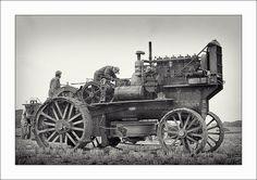 Antique Tractors, Vintage Tractors, Old Tractors, Vintage Farm, White Tractor, New Tractor, Tractor Implements, Engin, Bizarre