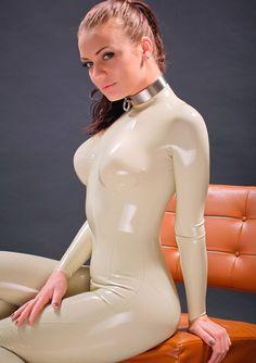 Suit latex