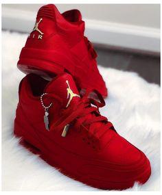 Cute Nike Shoes, Nike Air Shoes, Air Jordan Sneakers, Jordan Boots, Comfy Shoes, Hype Shoes, Women's Shoes, Shoe Boots, Shoes Sneakers