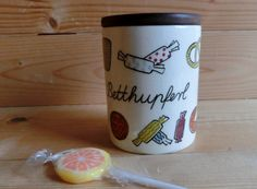 """Charming """"Betthupferl"""" bedtime candy tin from the Limburg Domkeramik Germany wooden lid signs of age, but no cracks or chips please look at the photos Brio, Dose, Scandinavian Design, Horns, Jar, Mugs, Tableware, Kids, Horn"""