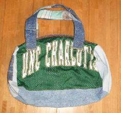 古着のTシャツ、スエット、ネルシャツ、デニムなど使用してバッグにリメイクしました。 ハンドメイド、手作り、手仕事品の通販・販売・購入ならCreema。