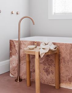 [New] The 10 Best Home Decor (with Pictures) - Have you ever seen a pink marble bath? This bathroom not only emanates tranquillity but the warm tones and brass details complement each other brilliantly Designed by Bathroom Lighting Design, Bathroom Light Fixtures, Bathroom Interior Design, Marble Bath, Pink Marble, Wc Decoration, Interior Design Awards, Design Apartment, Tadelakt