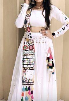 36 indian lehenga choli designs for pre wedding functions 16 Choli Blouse Design, Choli Designs, Lehenga Designs, Designer Party Wear Dresses, Kurti Designs Party Wear, Indian Designer Outfits, Indian Lehenga, Lehenga Choli, Anarkali