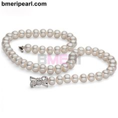 baroque pearl necklace and bracelet setLadies who love nature and who enjoy wearing jewelry pieces and accessories that display their love for everything natural would normally go for designs like butterflies, beetles, flowers, and even dragonflies.visit: www.bmeripearl.com