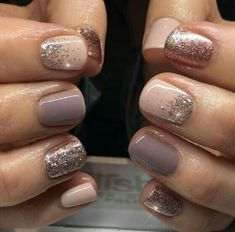 """Nail Trends to Try in 2018 The cool thing about accent nails is that you don't need a design on every finger. Try adding black accents on all ten nails or compliment one or two. """"It can be tricky incorporating black accents to nails,"""" saysA base of silver Fancy Nails, Pretty Nails, Pretty Short Nails, Hair And Nails, My Nails, Summer Shellac Nails, Shellac Nails Glitter, Bio Gel Nails, Spring Nails"""