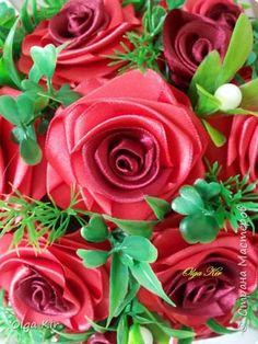 Розочки из атласной ленты Diy Flowers, Ribbon, Rose, Plants, Handmade, Butterflies, Craft, Paper, Leather