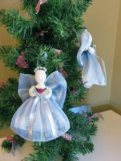 Includes 2 Victorian Handmade Ribbon Angels These angels are intricate,delicate and add a sense of warmth to any Christmas tree or home decor. Christmas Angel Ornaments, Blue Christmas, Christmas Tree Decorations, Christmas Wreaths, Christmas Things, Christmas 2019, Christmas Poinsettia, Crochet Christmas, Family Christmas