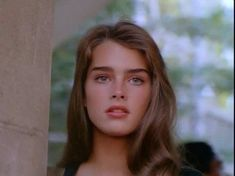 8 x 10 Photo of Hollywood Actress Brooke Shields. Brooke Shields Joven, Brooke Shields Young, Pretty People, Beautiful People, Beautiful Pictures, Brown Blonde Hair, 90s Aesthetic, Pretty Face, Hair Goals