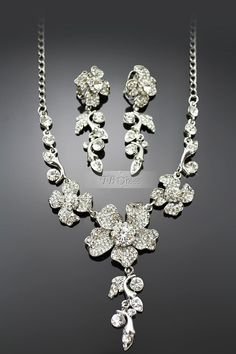 Glamorous  Alloy with Rhinestone Wedding Jewelry Set-(Including Necklace and Earring)