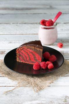 Raspberry Yoghurt Zebra Cake Himbeer-Joghurt Zebra-Kuchen