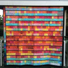 Live a Colorful Life: Tale of Two Cities: The Temperature Quilt for Fresno Strip Quilts, Quilt Blocks, Quilting Board, Man Quilt, Quilting Designs, Quilting Ideas, Quilt Design, Square Quilt, Quilt Making