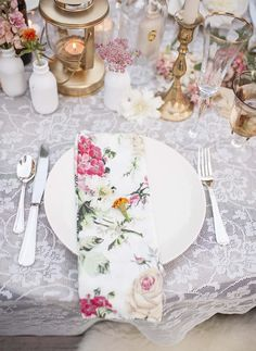 Floral table style with touches of gold. Chantilly Lace vintage wedding: Charming, Nostalgic, Whimsical.
