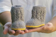 diy - baby cable boots crochet pattern #Etsy - $5.50
