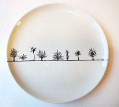 PorzellanCafé Hannover - Galerie / Werke - Keramik - Art World Painted Mugs, Painted Plates, Ceramic Plates, Porcelain Ceramics, Ceramic Pottery, Pottery Art, Fine Porcelain, Sharpie Crafts, Sharpie Art