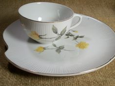 Dessert Sets Yellow Rose White Fine China Four Piece Snack Set Tea Coffee Cup Plate Vintage 1960's Tableware Serving Dishes Sorority Rose