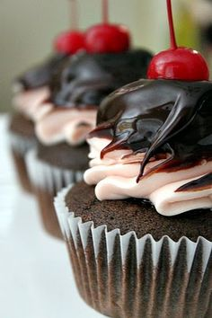 Black Cherry Cupcakes with Cherry Buttercream Frosting & Chocolate Ganache