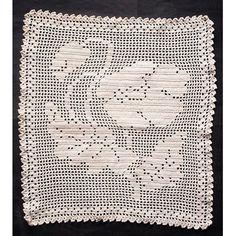 Vintage Filet Crochet Table Mat Poppy Design