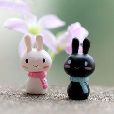 2pcs Mini Rabbit Animal Miniature Fairy Garden Decoration Doll House Terrarium Decor Ornament Toys