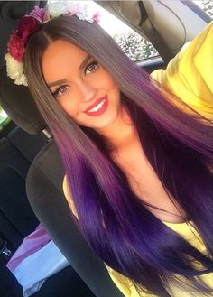 So nice purple ombre hair Purple Hair, Ombre Hair, Purple Ombre, Love Hair, Gorgeous Hair, Beautiful, Corte Y Color, Natural Hair Styles, Long Hair Styles