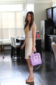Veronika& Blushing: In the (Yellow) Bubble Veronika& Blushing: In the (Yellow) Bubble. Office Fashion, Work Fashion, Fashion Outfits, Fashion Edgy, Veronika Blushing, Outfit Vestidos, Work Attire, Work Outfits, Teacher Outfits