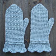 100 g = approx 400 m Crochet Hook: de 4 mm Baby Mittens, Crochet Mittens, Crochet Gloves, Crochet Bear, Crochet Hooks, Tunisian Crochet Patterns, Knitting Patterns, Crochet Afghans, Easy Crochet Blanket