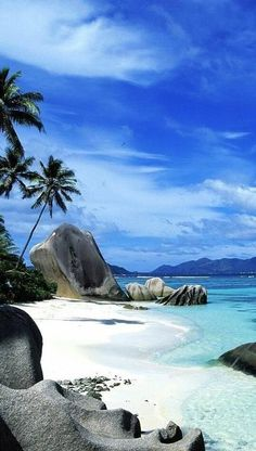 Tropical Beaches In California Tropical Beach Resorts, Tropical Beach Houses, Romantic Beach Photos, Beach Images, Beautiful Beach Pictures, Best Island Vacation, Beach Pink, The Beach, Ponds