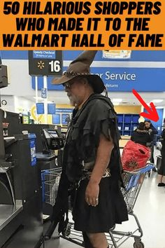 #Hilarious #Shoppers #Walmart #Hall #Fame Retro Outfits, Trendy Outfits, Fashion Outfits, Family Portraits, Family Photos, Funniest Hilarious Memes, Living Room Wall Units, Perfectly Timed Photos, Simplistic Tattoos
